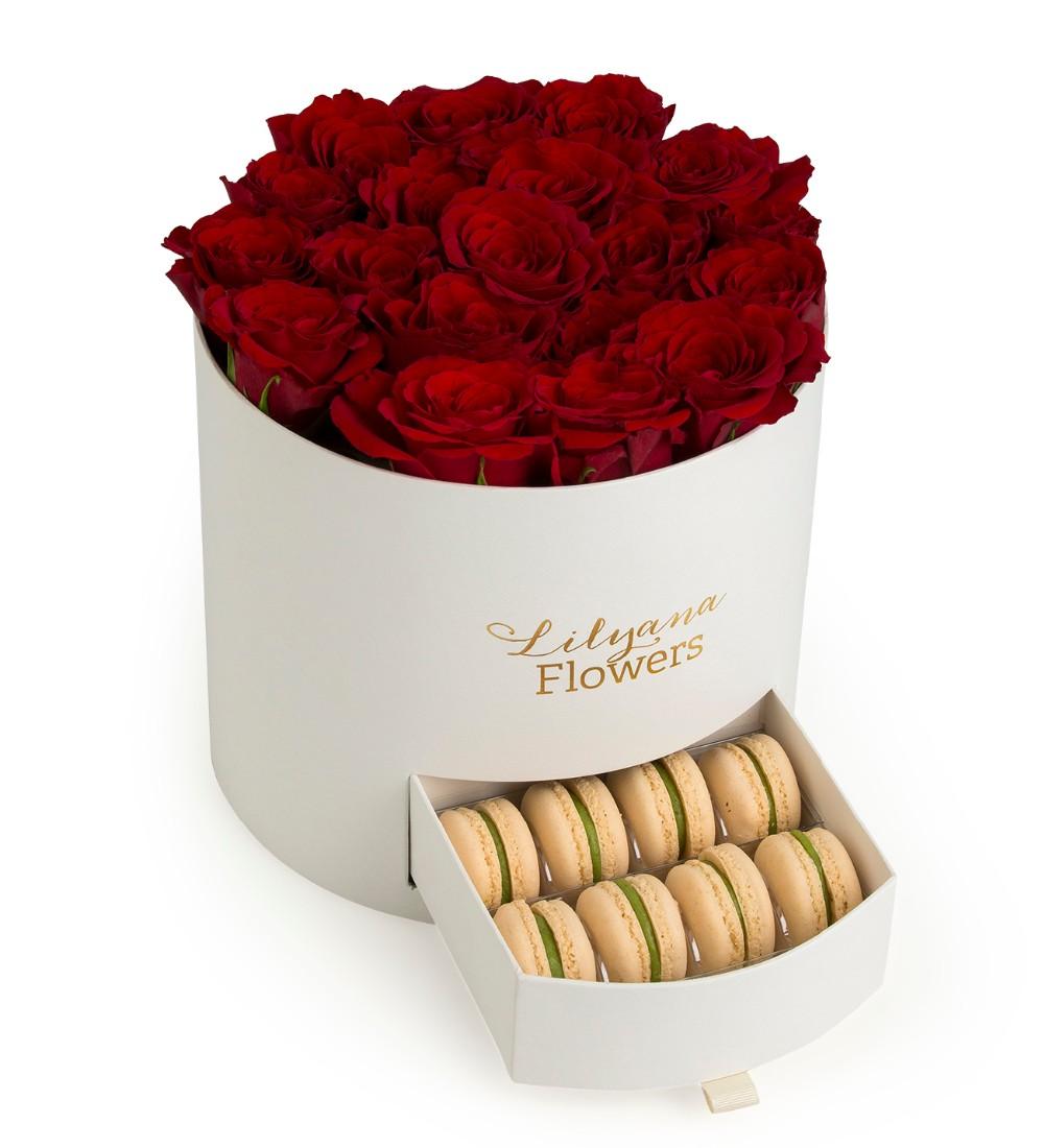 باکس سفید استوانه ای کشودار گل رز