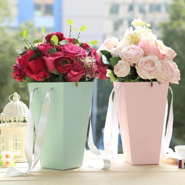 باکس سفید ذوزنقه ای گل رز