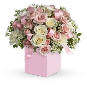 جعبه گل نوزاد دختر