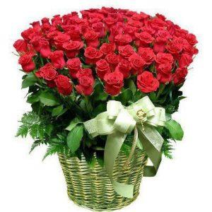 سبد گل رز قرمز برای خواستگاری