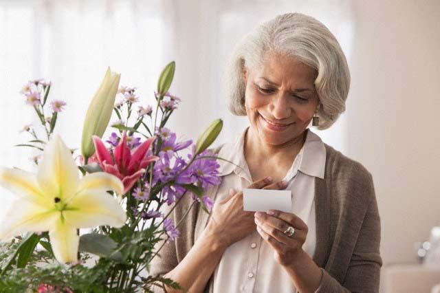 ارسال گل به ایران به عنوان سورپرایز از خارج از کشور!